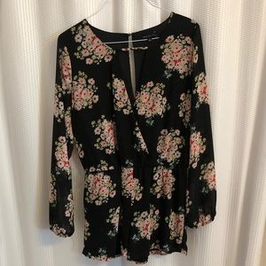 Flowy, Black and Floral Romper